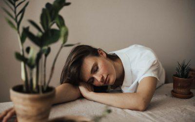 Emocinis išsekimas: kas tai, kokie jo simptomai ir priežastys (1 dalis)